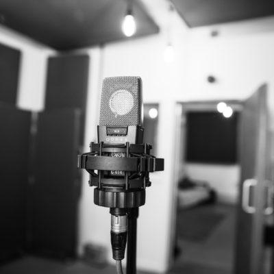 AKG 414 - Unit Studios