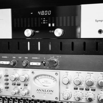 Apogee Symphony, Neve 1073, Avalon 737 - Unit Studios