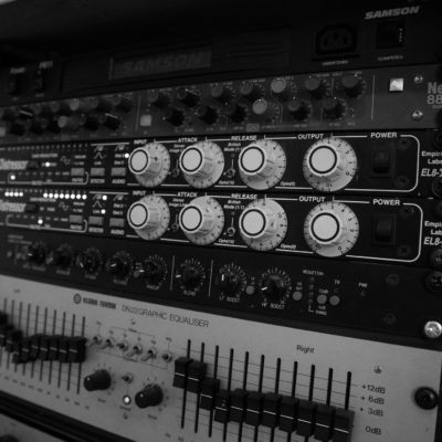 Analog outboard - Unit Studios